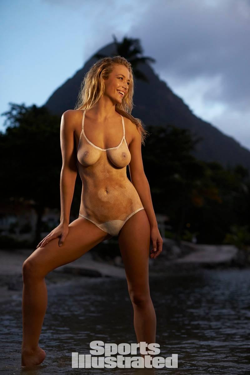 Hannah Ferguson  (11)