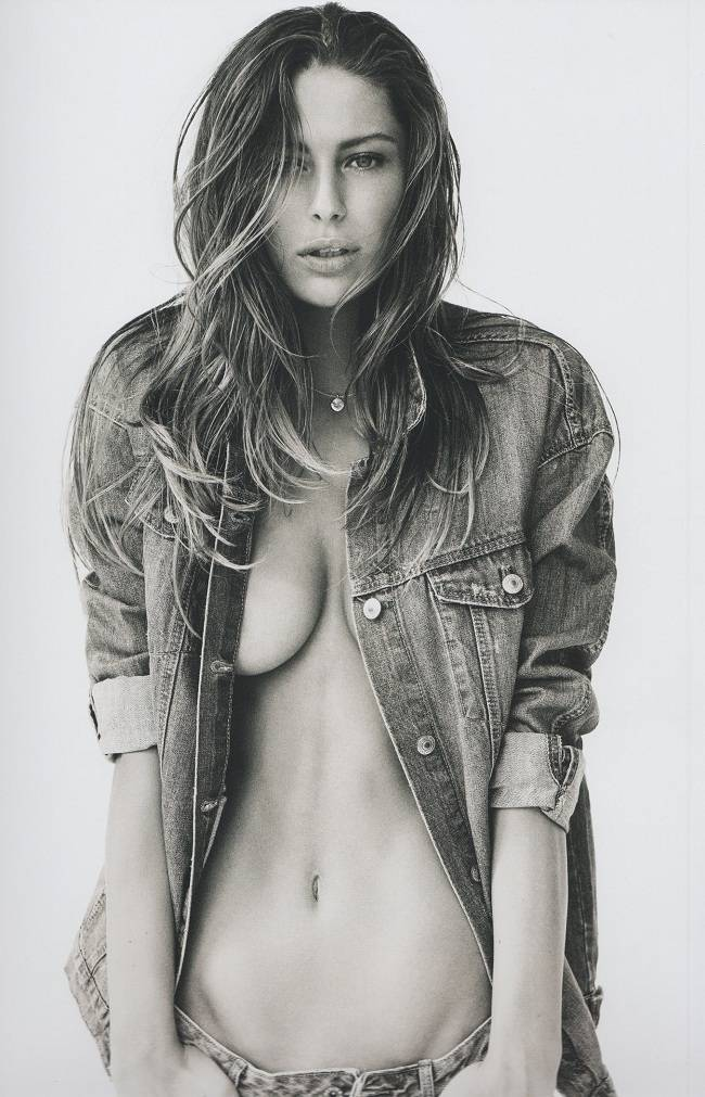 Mathilde-Goehler-nude-02