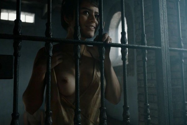 Rosabell-Laurenti-Sellers-Game-of-Thrones-03