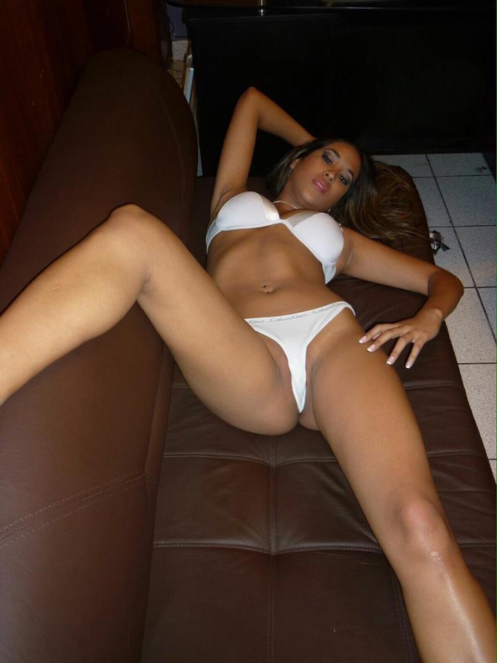 Melissa-Paredes-y-sus-fotos-intimas-2