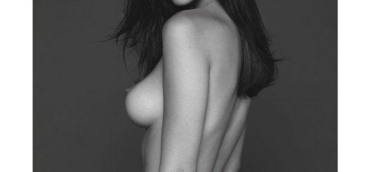 Bella_Hadid_-_Nude_Vogue_Paris__2_