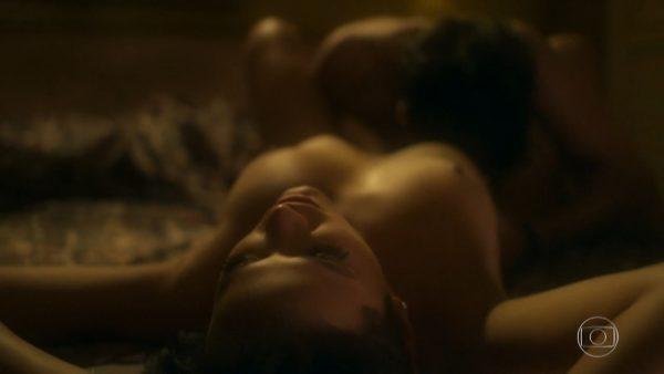 Bruna Marquezina desnuda en Nada Será Como Antes