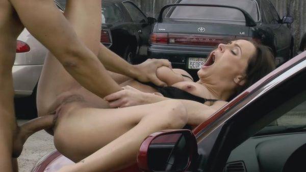 Kelli McCarty la Primera Miss en Grabar Porno