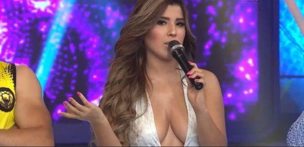Yahaira Plasencia y su Sexy Escote