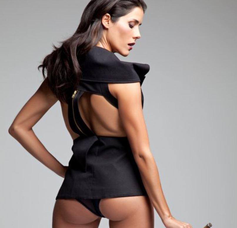 Gianella Neyra Desnuda en sus Películas