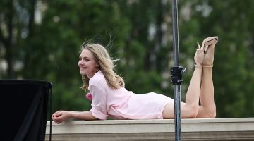 Amanda Seyfried Muestra la Vagina en descuido